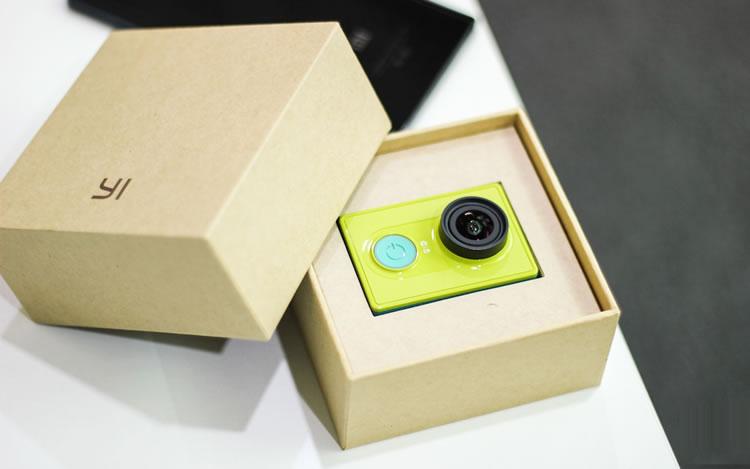Xiaomi-Yi-Action-Camera-unboxing_video_ecaty_com